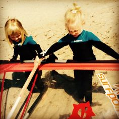 Check out our Surf clothing here! http://ift.tt/1T8lUJC Małe surferki #littlesurfer #surfgirl #surfpoint #surflife #surfer #beach #bay #balticsea #kids #poland #jastarnia #kiteschool #windsurfing #windsurfer