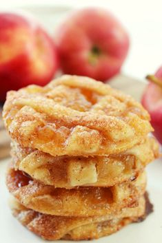 Apple Pie Cookies Recipe Desserts with refrigerated piecrusts, caramel topping… Bite Size Desserts, Apple Desserts, Cookie Desserts, Just Desserts, Cookie Recipes, Delicious Desserts, Dessert Recipes, Apple Pie Cookie Recipe, Apple Pie Cookies