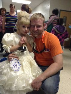 Kayliegh with her daddy at her paegant