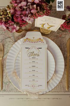 Wedding menu designed and printed including car shape as this wedding was focused in classic cars.  #weddinginvitations #weddingmenu #minutas
