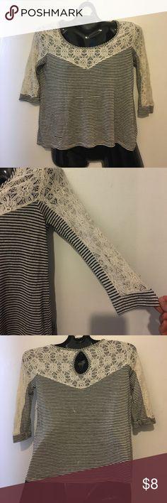 Monteau knit top S Black & White fine striped knit top w/lace mantle collar/shoulders/upper back. S Monteau Tops