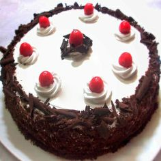 500 Gms Delicious Black Forest Cake