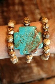 Love this turquoise bracelet!