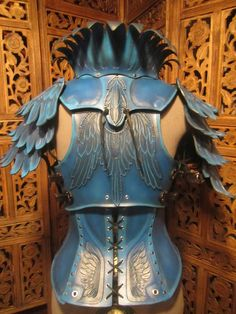 ʂŧɘąɱ ~ ❄☃ Steampunk Victoriana Christmas ☃❄ ~ Armour inspiration for book 4 Women's Leather Armor- Blue Jay by SavagePunkStudio Arm Armor, Body Armor, Helmet Armor, Steampunk, Leather Armor, Tan Leather, Fantasy Costumes, Cosplay Costumes, Cosplay Armor
