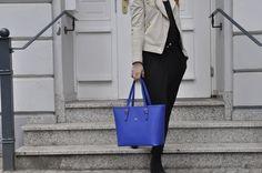 PRIDE in blue. We love! #beliya #ecofashion #handbag