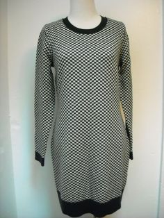 Sold, thank you!    Joie Cashmere Sweater Dress size s #Joie #SweaterDress #black&white #dresses #sweater #fallstyle #falllook #outfitinspo #bloggerstyle #fashionblogger #ebayfashion #shopping #shopebay #dressme #whatiwore #fashion #designerforsale #ebaystore #cozy #closetshop