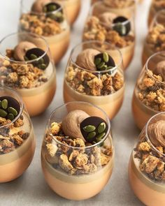 Pumpkin Spice Latte Panna Cotta with Almond Coffee Crumble, Chocolate Chantilly & Pumpkin Seed Mendiant! Individual Desserts, Fancy Desserts, Just Desserts, Gourmet Desserts, Healthy Desserts, Bakery Recipes, Wine Recipes, Dessert Recipes, Cooking Recipes