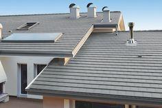Nueva teja plana Innotech de BMI Garage Doors, Deck, Outdoor Decor, Papi, Modern Houses, Home Decor, Vertical Gardens, Ceilings, House Decorations