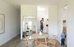 Who says compact, minimal living can't be done with kids? http://ow.ly/AixC4 Photo by Matthew Williams for Dwell