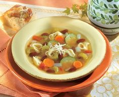 Italian Tortellini Soup-This is a Weight Watchers 5 PointsPlus+ recipe. A GENEROUS 2-1/4 cups per serving as well!