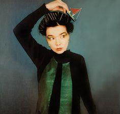 Bjork fashion icon trendsetter singer performance artist amazing fearless and still cutting edge