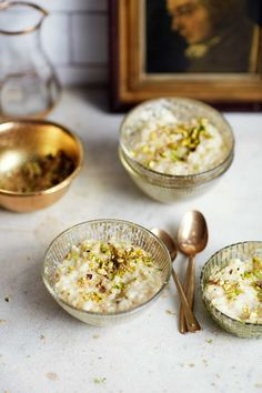 This dessert recipe is inspired by Indian rice pudding (kheer). It's sweeten… This dessert recipe is inspired by Indian rice pudding (kheer). It's sweetened with palm sugar and finished off with a sprinkling of pistachios. Brownie Desserts, Oreo Dessert, Mini Desserts, Coconut Dessert, Indian Desserts, Indian Sweets, Indian Food Recipes, Indian Foods, Coconut Rice