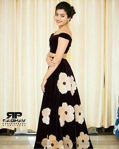 Rashmika Mandana Most Beautiful Bollywood Actress, Beautiful Actresses, Beautiful Girl Photo, Beautiful Girl Indian, Anarkali Dress, Lehenga, Saree, Bollywood Outfits, Stylish Girl Pic