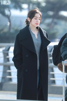 Seulgi, Blackpink Fashion, Korean Fashion, Winter Fashion, Park Sooyoung, Kpop Girl Groups, Kpop Girls, Rapper, Irene Kim