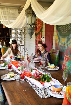 Gypset style Christmas dinner