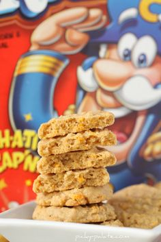 Cap'n Crunch Cookies - I have some chocolate cap'n crunch, I bet those would be good in this recipe! Cereal Recipes, Cookie Recipes, Dessert Recipes, Dessert Ideas, Cupcake Ideas, Dessert Bars, Yummy Recipes, Recipies, Cereal Treats