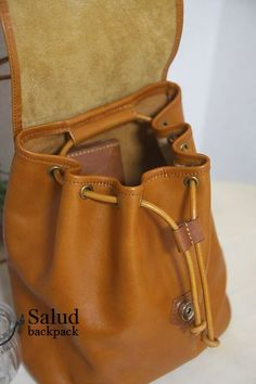 Leather Belt Pouch, Leather Backpack For Men, Leather Purses, Leather Handbags, Leather Bag Design, Leather Bags Handmade, Fabric Bags, Womens Purses, Leather Working