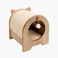 The Vesper Minou is a high-quality bench scratcher and hideout for cats. It has two entrances, so your cat won't feel cornered. Discount Pet Supplies, Online Pet Supplies, Dog Supplies, Pets Online, Cat Tree Condo, Pet Supply Stores, Cat Scratcher, Hamster, Dog Treats
