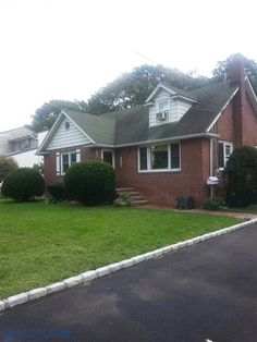 House For Sale in West Islip, NY 11795