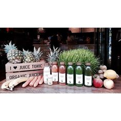 SERIES #HEALTHYCITYGIRL : EUGENIE NIARCHOS FOUNDER OF VENYX WORLD @venyxworld @ora_n She Shares 5 healthy adresses on #HEALTHYCITYGUIDE JUICE TONIC 3 Winnett St London W1D 6JY Royaume-Uni Juice Tonic is a juice bar in Soho and is all about bespoke health. Marco Proietti the founder has a background as a health coach and in traditiona medicine.The focus here is on the individual. Have a sickness? A particular malady? Or simply feeling down? Marco or one of his team comes in can get good ad...