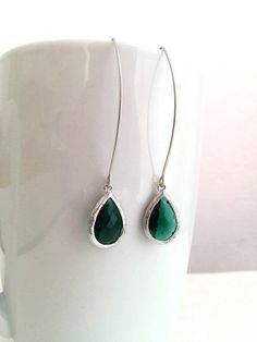 Silver Emerald Green Earrings. Emerald Earrings. Green Earrings. Dark Green.Deep Green.Wedding. Bridesmaid Earrings.Minimalist