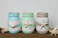 You would be amazed to see these lovely 20 DIY Mason jar ideas for the decor, storage, planting, and other fun purposes for your home. Adding some paint, Seashell Crafts, Beach Crafts, Diy And Crafts, Beach Themed Crafts, Beach Themed Rooms, Summer Crafts, Kid Crafts, Mason Jar Projects, Mason Jar Crafts
