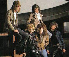 Steve, Phil, Joe, Sav & Rick (pre-Hysteria)