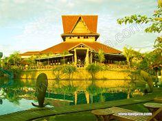 Bukit Daun Hotel - Kediri - East Java. Bukit Daun Hotel And Resto Is a Located Argowilis Street 777, kediri East Java. It has great sense of uniqueness, ethnic and fresh air.