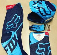 This particular dirt bike track is an unquestionably inspiring and excellent idea Dirt Bike Riding Gear, Dirt Bike Track, Dirt Bike Helmets, Dirt Biking, Motocross Outfits, Motocross Gear, Motorcycle Equipment, Motorcycle Gear, Triumph Motorcycles