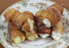 Cartocci Siciliani with Ricotta Cream and Custard Cream. - See more at: http://www.cookingwithnonna.com/italian-cuisine/cartocci-siciliani.html#sthash.yrQoHzWM.dpuf