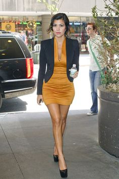 Kourtney is definitely one of my top style icons.  This outfit is to die for!