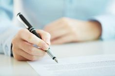 Veja o que deve constar em cada contrato imobiliário