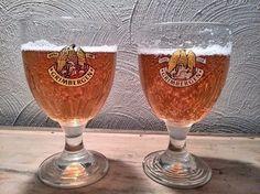 Que dire en dégustant une Grimbergen Blonde, sa saveur sucrée, riche d'accents de vanille donne cette bonne impression corsée et douce a la fois.  Voir la nouvelle fiche de la Grimbergen Blonde et de sa brasserie. http://www.almanach-bieres.com/fr/catalogue/1-belgique/8-brasserie-alken-maes/grimbergen-blonde-47