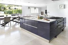 2 Hub Kitchens