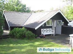 Vejby Strandvej 20, 3210 Vejby - Velholdt Kalmarhus fra 1977 tæt på vandet på stor naturgrund #fritidshus #sommerhus #vejby #selvsalg #boligsalg #boligdk