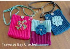 Free Crochet Textured Crossbody Bag Pattern