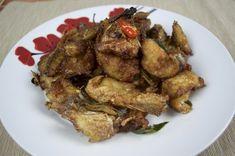 Crispy Fried Fish Stir Fry (Plaa Tord Pad Chaa)