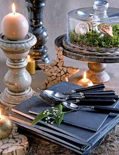 christmas table decoration in golden and blue colors