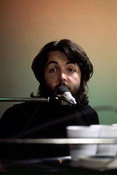 Paul McCartney #beatles https://bobbysmith.bandpage.com/