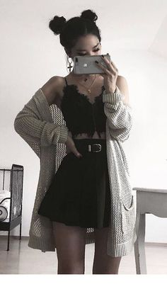 casual date night outfits - Casual Outfit Grunge Style Outfits, Mode Outfits, Grunge Fashion, Look Fashion, Girl Outfits, Fashion Outfits, Fashion Edgy, Grunge Dress, Hipster Outfits
