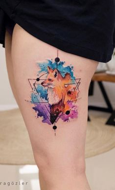 small flower tattoos, geometrical fox, watercolor thigh tattoo, black dress tattoos ▷ 1001 + ideas for a beautiful watercolor tattoo you can steal Creative Tattoos, Unique Tattoos, Cute Tattoos, Body Art Tattoos, Symbolic Tattoos, Sleeve Tattoos, Tatoos, Form Tattoo, Shape Tattoo