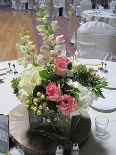 Pittsburgh wedding reception & event flowers; Table decorationsJim Ludwig's Blumengarten Florist