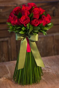 Flowers Bouquet Red Roses 47 Ideas For 2019 Beautiful Rose Flowers, Beautiful Flower Arrangements, Amazing Flowers, Floral Arrangements, Rosa Rose, Funeral Flowers, Rose Wallpaper, Flower Boxes, Flower Bouquet Wedding