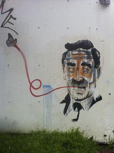 #TomSelleck aka Magnum har sommerfuglånde på Bislet. Rett over Eske. There you go! Oslo, Graffiti, Street Art, Neon Signs, Nature