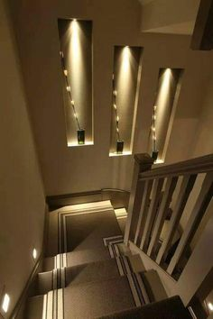 Browse a lot of photos of Stairway Lighting. Find ideas and inspiration for Stairway Lighting to add to your own home.