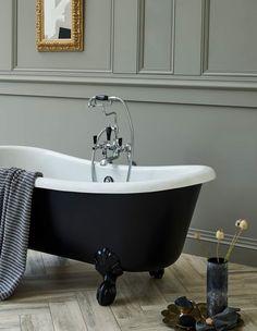 The beautiful, traditional, Burlington Bathrooms Bateau bath is an eye catching centre piece for any bathroom. (Also available in white) Bathroom Goals, Bathroom Inspo, Bathroom Colors, Bathroom Inspiration, Master Bathroom, Green Bathrooms, Bathroom Ideas, Burlington Bathroom, New Jet