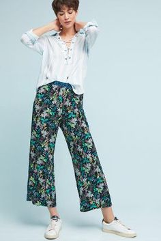 Anthropologie Rousseau Cropped Wide Legs. Xs in stock at stony pt like