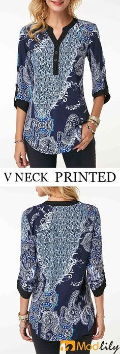 Buy trendy tops for women online with competitive price, ladies tops, cute women tops online store. Casual Dresses, Casual Outfits, Cute Outfits, Casual Wear Women, Kurta Designs, Blouse Dress, Blouse Styles, Hijab Fashion, African Fashion
