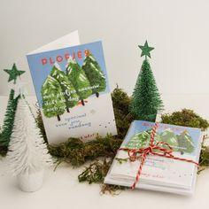 Feestdagenkaart PLOFJES - wil je deze voor Kerst versturen? Bestel hem op http://minkemaat.nl/product/feestdagenkaart-plofjes/ - vanaf 5 kaarten met sneeuwwitte enveloppen krijg je een leuke korting!