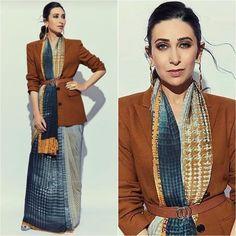 Karishma Kapoor looks stunning Karishma Kapoor looks stunning Saree Wearing Styles, Saree Styles, Indian Attire, Indian Outfits, Indian Wear, Drape Sarees, Modern Saree, Saree Trends, Stylish Sarees